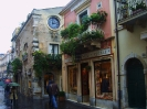 Италия. Сицилия. Улица Таормины